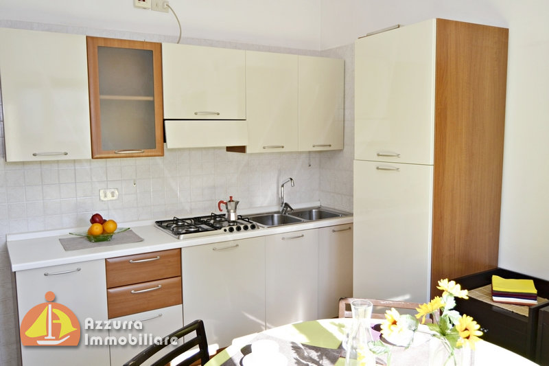 TWO-ROOM APARTMENT LOCATED 100 METER FROM SEA
