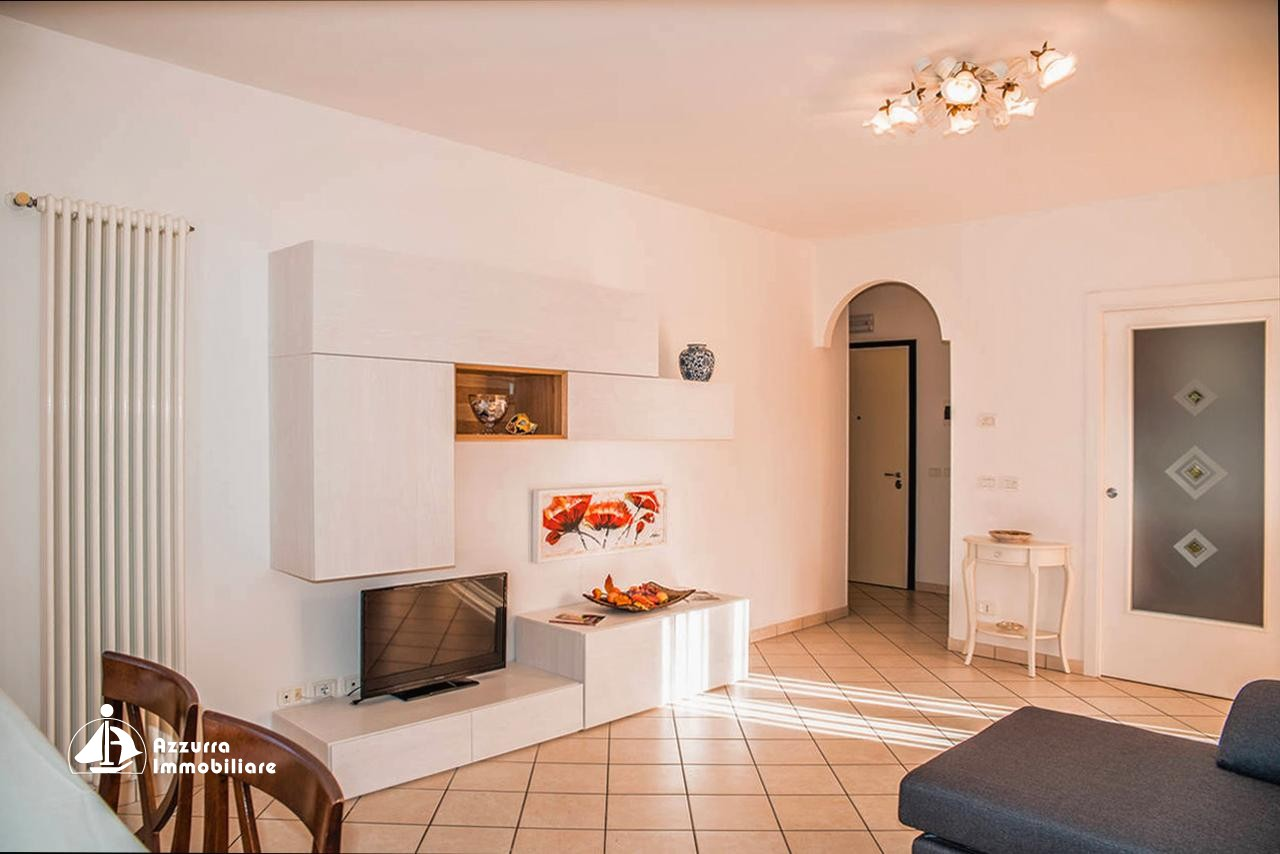 THREE-ROOM APARTMENT IN PIAZZA DRAGO