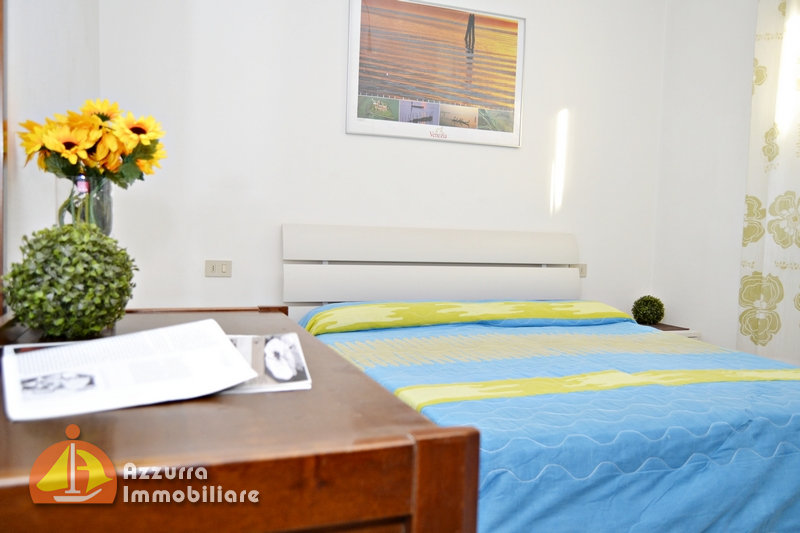 THREE-ROOM APARTMENT LOCATED 100 METER FROM THE SEA
